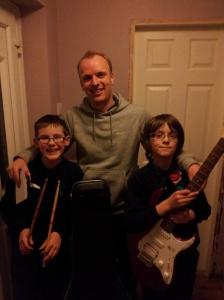 Ben-and-kai-guitar-students